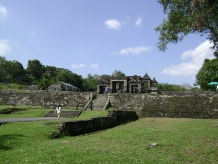 situs ini masih misterius karena asal nama boko (bangau) masih belum diyakini apakah nama seorang raja atau memang burung bangau yang dahulu ada disanan.